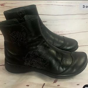 NAOT Leather Ankle Boots size 38